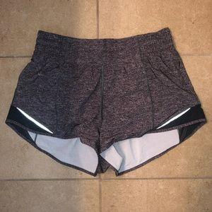 """Lululemon Hotty Hot Short High-Rise 2.5"""" Size 4."""